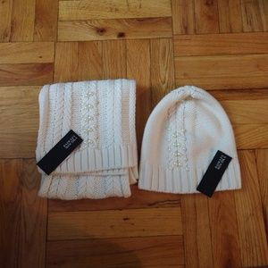 Badgley Mischka - Cable Knit scarf and hat set